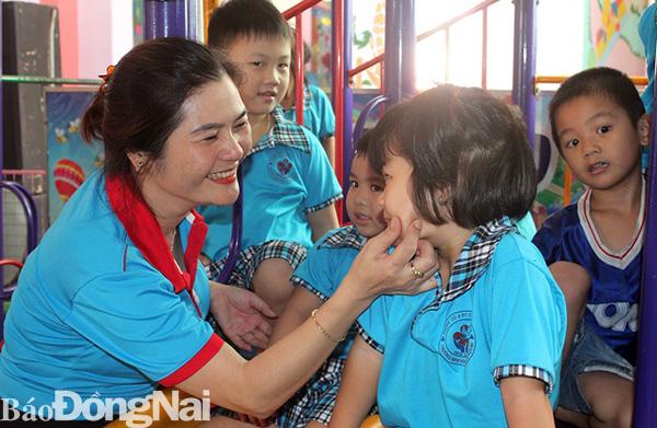 Cô giáo mầm non yêu nghề, nhiệt tình với công tác Hội - Hình 1