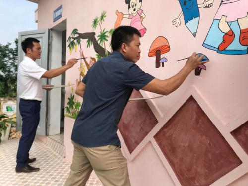 Để nhà vệ sinh không còn ám ảnh mỗi học sinh khi tới trường - Hình 1