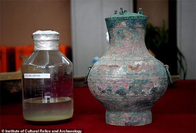 Giật mình thuốc trường sinh bất tử linh nghiệm trong mộ cổ Trung Quốc - Hình 1