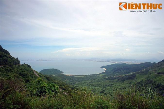 Khám phá vẻ đẹp tiềm ẩn của vịnh Đà Nẵng - Hình 2