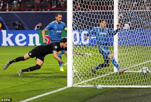Lý do Ramsey 'đánh cắp' bàn thắng kỷ lục của Ronaldo - Hình 1