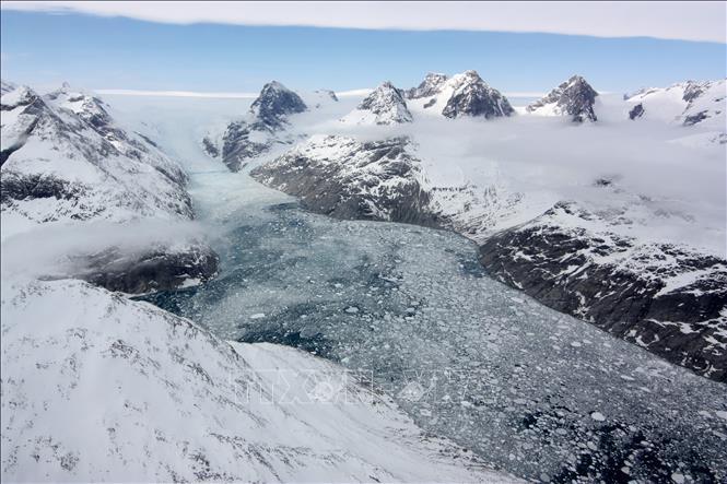 Mối liên hệ giữa tan băng với sự phát tán virus nguy hiểm ở Bắc Cực - Hình 1