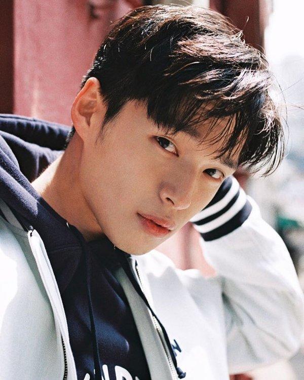 Ở khoản săn lùng trai đẹp cho MV, Min nhận thứ 2, không nữ ca sĩ nào ở Vpop dám nhận số 1 - Hình 2