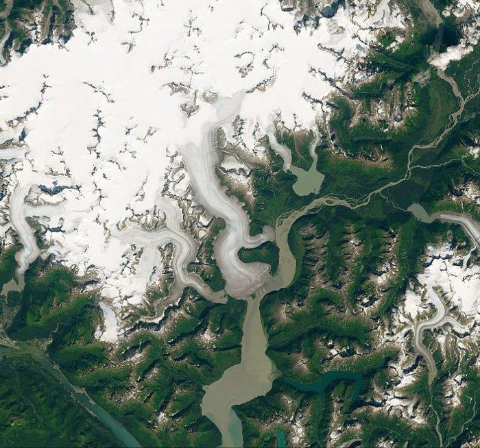 Sông băng dày nhất thế giới đang tan chảy trước 80 năm so với dự kiến - Hình 2
