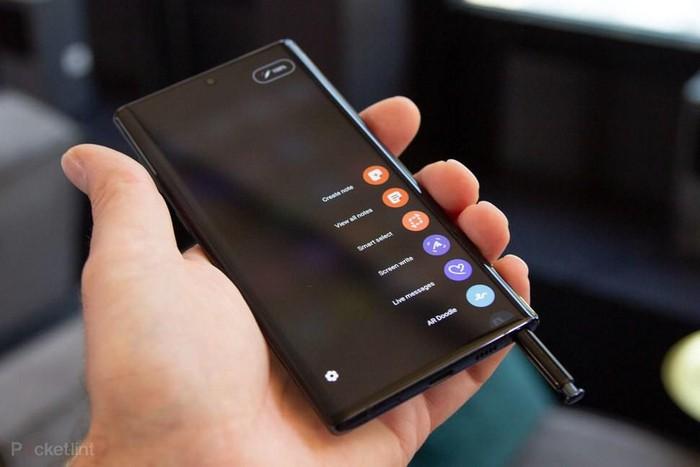 5 smartphone Android vô đối, chơi game khỏi bàn - Hình 2