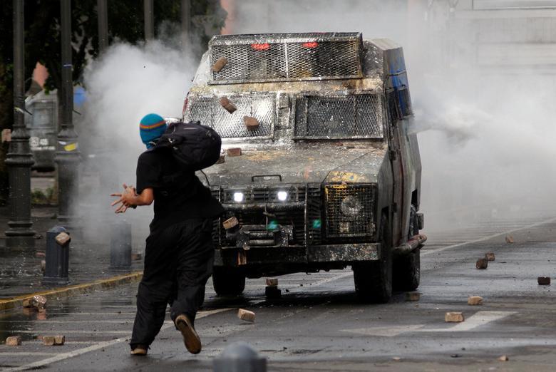 Chile tan hoang sau bạo lực giữa cảnh sát với người biểu tình - Hình 2