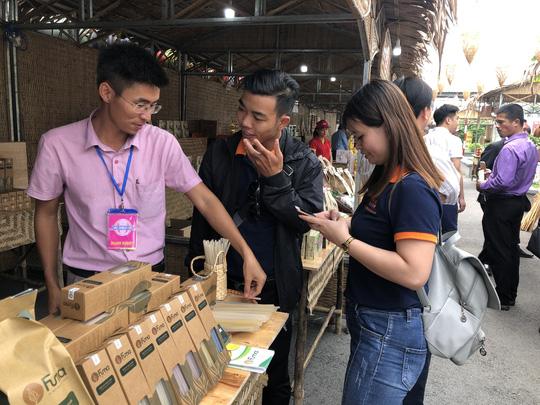 Cuối tuần đi chợ đặc sản Đồng Tháp ở siêu thị tại TP HCM - Hình 1