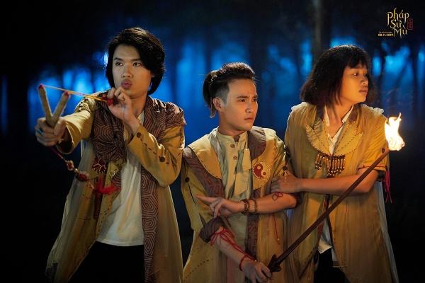 Ngày đầu tiên ra rạp, 'Pháp sư mù' của Huỳnh Lập nhận cơn mưa lời khen từ khán giả - Hình 2