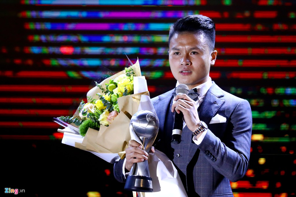 Quang Hải lập cú đúp, bóng đá Việt Nam vẫn thua Thái Lan ở AFF Awards - Hình 1