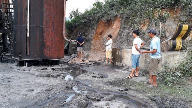 Quảng Trị: Tìm ra nơi phát tán dầu thải độc hại ra sông Hiếu - Hình 1
