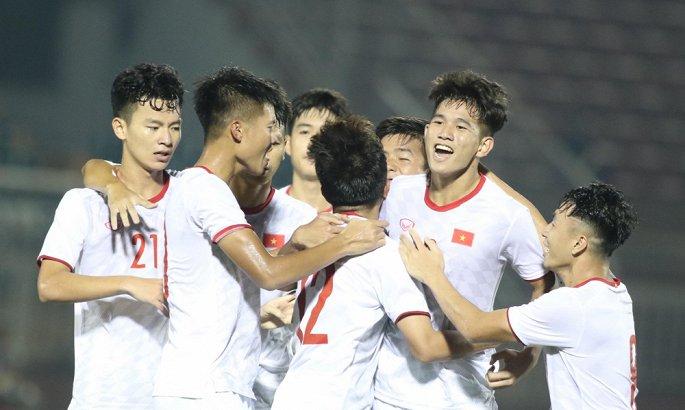 Sau lứa Quang Hải, Văn Hậu, bóng đá Việt Nam đang thực sự gặp khó - Hình 1