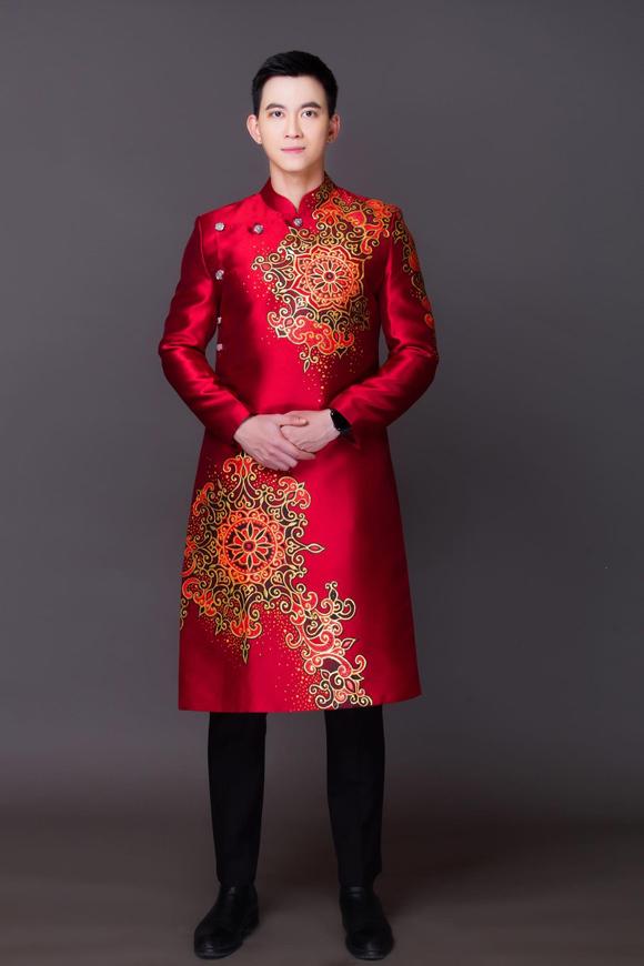 Đầu lân, tranh Đông Hồ trên áo dài Tết - Hình 3