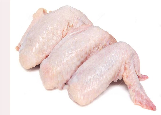 Hướng dẫn làm món cánh gà kho khoai môn - Hình 1