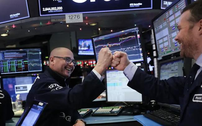 Mỹ và Trung Quốc đã đạt được thoả thuận thương mại giai đoạn 1, chứng khoán Mỹ đóng cửa phiên ở mức đỉnh kỷ lục - Hình 1