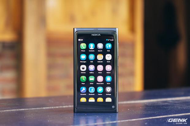Nhìn lại Nokia N9: Kẻ tiên phong ngã ngựa - Hình 1