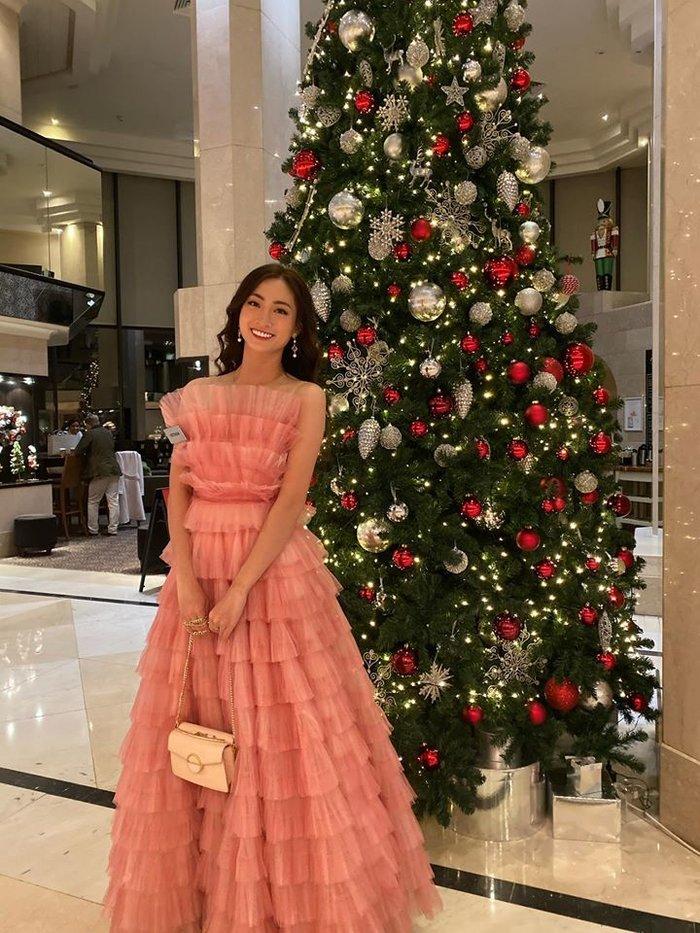 Ba nước cờ lợi hại áp dụng xuyên suốt trong 21 ngày giúp Lương Thùy Linh lập kỳ tích tiến thẳng top 12 Miss World - Hình 1