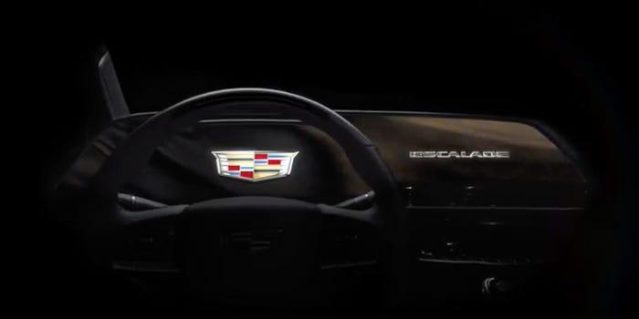 Ô tô SUV Cadillacs Escalade 2021 sẽ có màn hình siêu HD cong 38 inch khổng lồ - Hình 1
