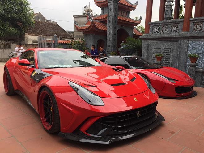 Bộ đôi Ferrari 458 Italia và F12berinetta độ độc nhất Việt Nam bất ngờ xuất hiện trong nhà đại gia Hoàng Kim Khánh - Hình 1