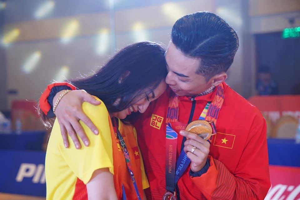 Khánh Thi - Phan Hiển, từ cô trò kém 12 tuổi tới hôn nhân hạnh phúc - Hình 1