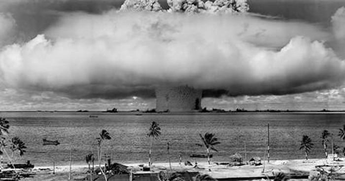 Khủng khiếp những vụ thử hạt nhân của Mỹ ở Thái Bình Dương - Hình 1