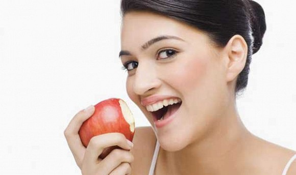 Những loại trái cây là thần dược giúp da căng bóng mịn màng, bổ sung thường xuyên còn hơn các dòng mỹ phẩm đắt tiền - Hình 1