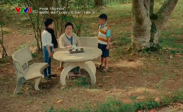 Nước mắt loài cỏ dại - Tập 6: Cuối cùng, bà Hai Đài cũng nhận ra Khang mới chính là người cháu có hiếu nhất - Hình 1