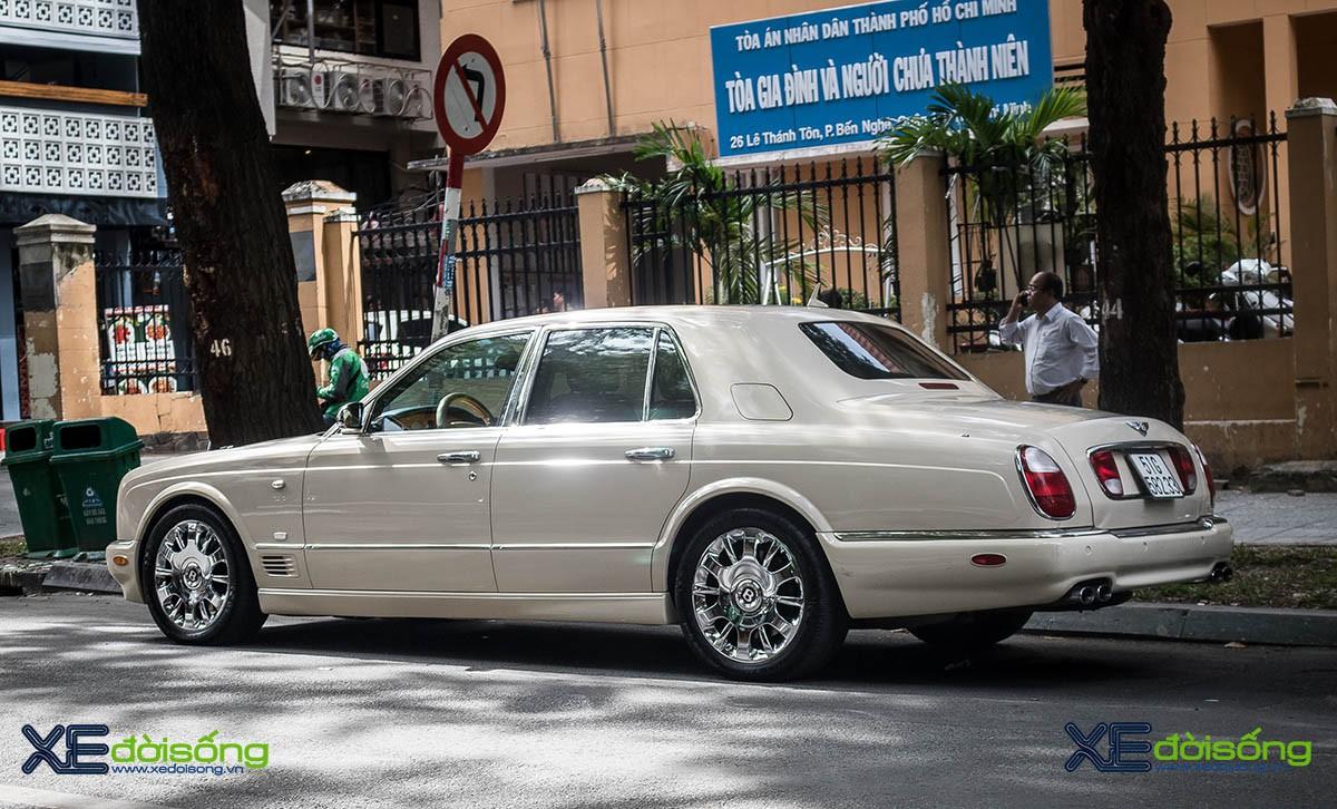 Sedan siêu sang Bentley đời đầu kỷ nguyên Volkswagen hàng hiếm tại Việt Nam - Hình 2