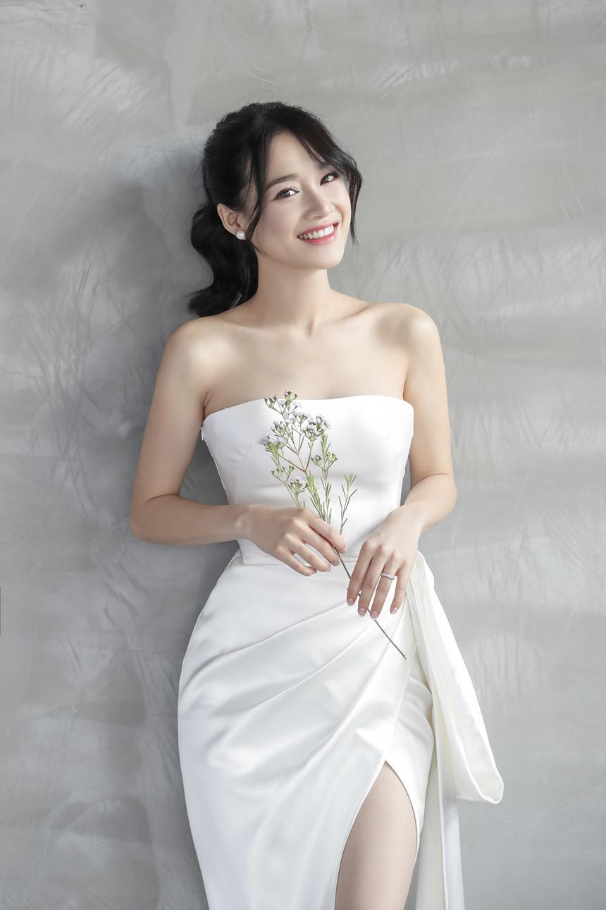 Yến Trang gợi ý váy cưới thanh thoát cho nàng mảnh mai - Hình 3