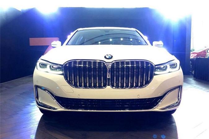 Cận cảnh BMW 7-Series 2020 gần 5,6 tỷ tại Việt Nam - Hình 1