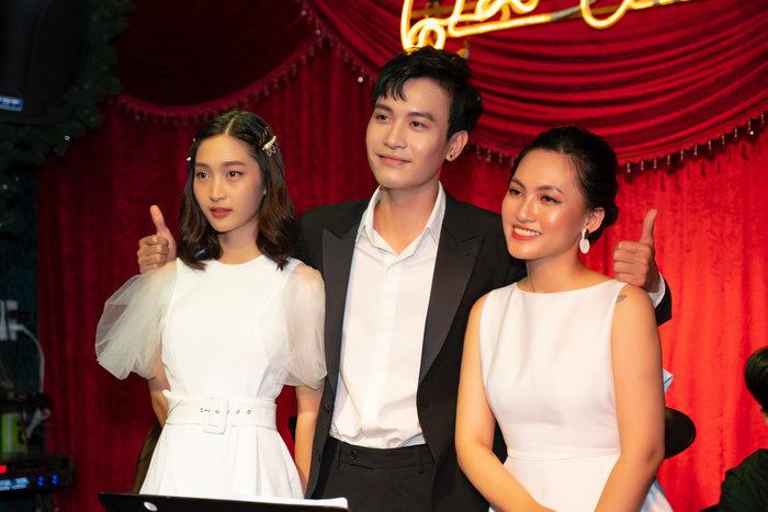 Hậu ra mắt MV mới, Juky San tự tin hạ gục khán giả trên sân khấu cùng 2 tiền bối Nguyên Hà và Phạm Anh Duy - Hình 2