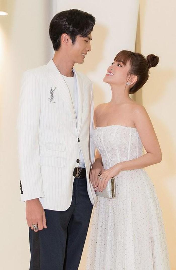 Điều trái ngược của những cặp đôi sao Việt công khai yêu trong năm 2019 - Hình 4