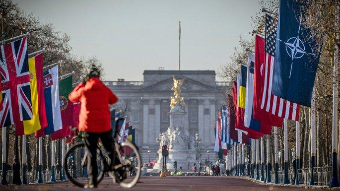 Mong đợi gì từ Hội nghị thượng đỉnh NATO ở London? - Hình 1