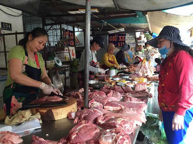 Trâu, cừu, gà... giải cứu thiếu thịt heo - Hình 1