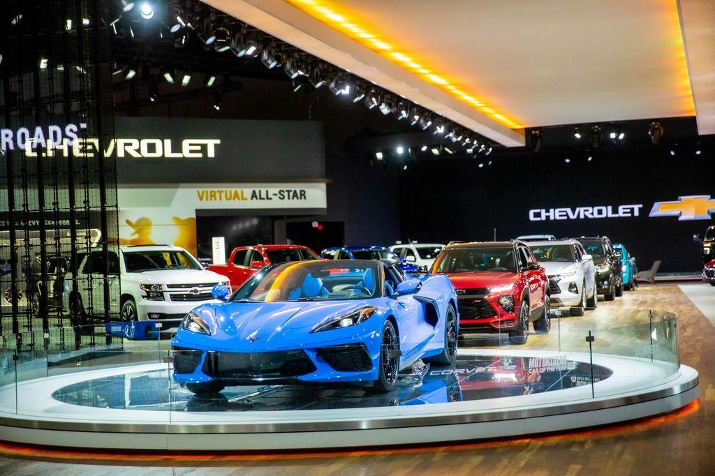 Chevrolet Corvette C8 2021 sẽ tăng giá khởi điểm lên 80.000 USD? - Hình 1