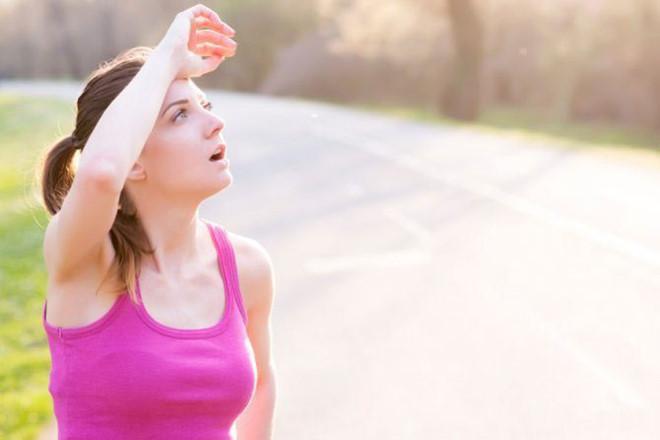 Đổ mồ hôi có thể giúp loại bỏ độc tố ra khỏi cơ thể - Hình 1