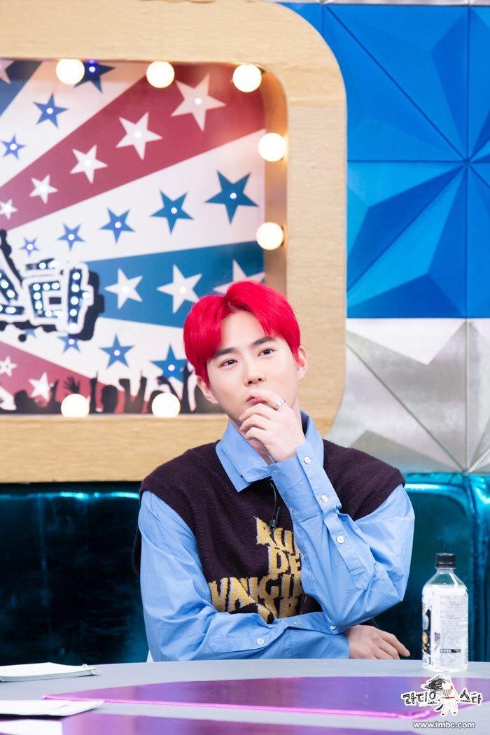 EXO được hỏi về việc gia hạn hợp đồng, câu trả lời của Suho khiến fan ấm lòng - Hình 1