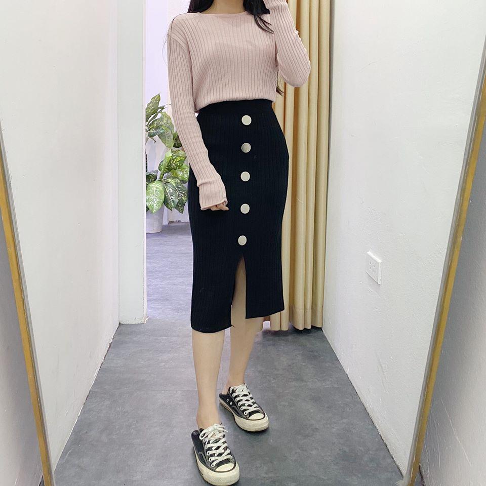 Mix chân váy len dài xẻ cùng item gì xinh hết nấc? - Hình 1