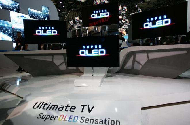 Samsung đang tiến gần hơn bao giờ hết tới công nghệ TV QD-OLED, hứa hẹn sẽ là đối trọng đáng gờm với TV OLED của LG - Hình 1
