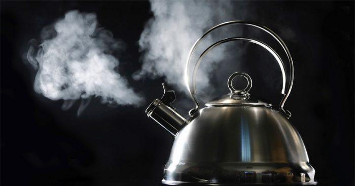 1001 thắc mắc: Vì sao hơi nước gây bỏng nặng hơn nước sôi? - Hình 1
