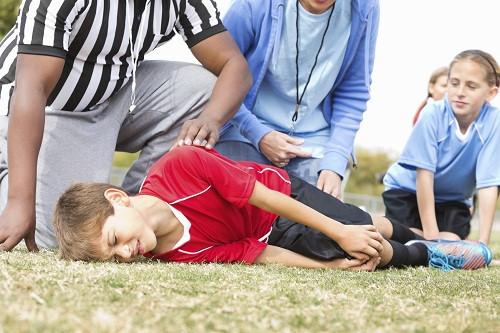 Đau đầu gối ở tuổi thiếu niên, liệu có đáng lo ngại? - Hình 1