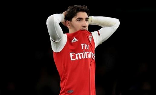 Tôi chẳng biết nói sao, làm gì thì Arsenal cũng không thể thắng - Hình 1