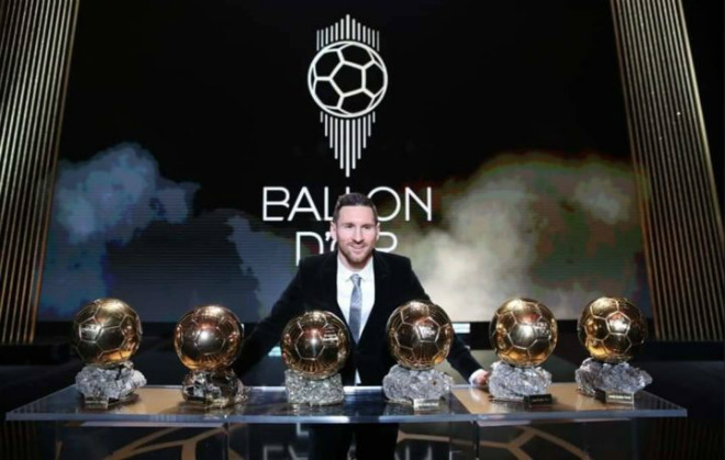 Bạn gái Ronaldo khoe ảnh hot, chị ruột CR7 cà khịa Van Dijk vì Messi - Hình 1