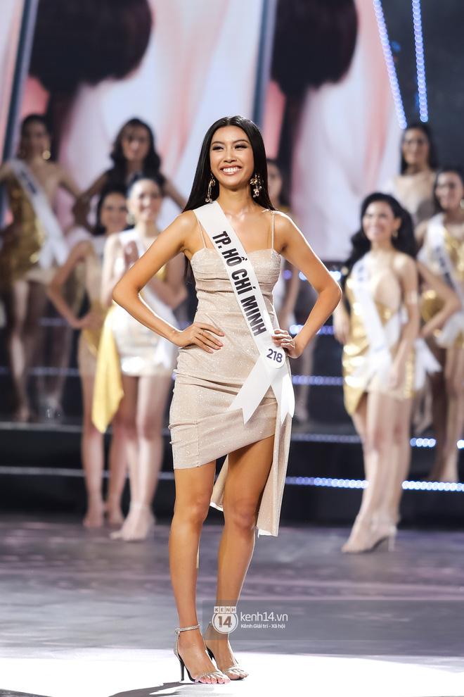 Khánh Vân trở thành tân Hoa hậu Hoàn vũ Việt Nam 2019, Thúy Vân dừng chân ở danh hiệu Á hậu 2 - Hình 1