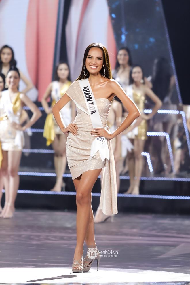 Khánh Vân trở thành tân Hoa hậu Hoàn vũ Việt Nam 2019, Thúy Vân dừng chân ở danh hiệu Á hậu 2 - Hình 13
