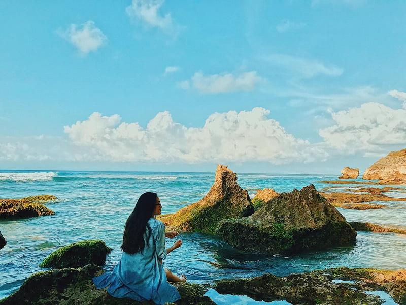 List những bãi biển xinh đẹp trong hành trình du lịch Indonesia - Hình 1