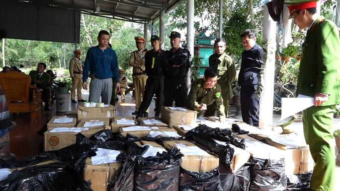 Triệt phá hang ổ pháo lậu lớn nhất Quảng Bình - Hình 1