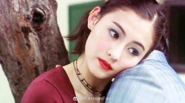 Trương Bá Chi gây bão khi makeup theo phong cách từ chục năm trước: Chẳng hề lỗi thời mà còn chứng minh nhan sắc lão hóa ngược - Hình 1