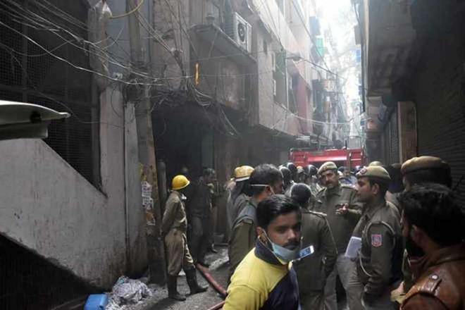 Cháy nhà máy, ít nhất 43 người chết - Hình 1