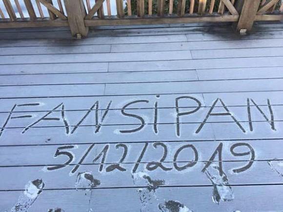 Tuyết rơi trắng xóa trên đỉnh Fansipan, kinh nghiệm cần nhớ khi săn tuyết ở Sa Pa - Hình 1