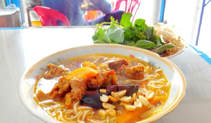 Ăn gì ở Phan Thiết với 8 món ngon đặc sản nổi tiếng cho bữa đêm và bữa sáng - Hình 1